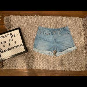 Levi Jean Shorts Size 27 light wash